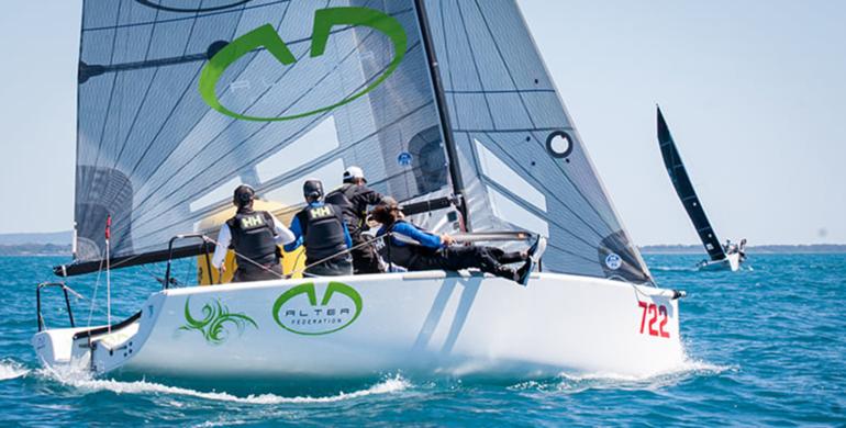 Esordio stagionale per Melges 24 Altea, con l'equipaggio targato CVCI formato da Andrea Racchelli, Enzo Bonini con Michele Gregoratto, Filippo Togni e Andrea Serpi.